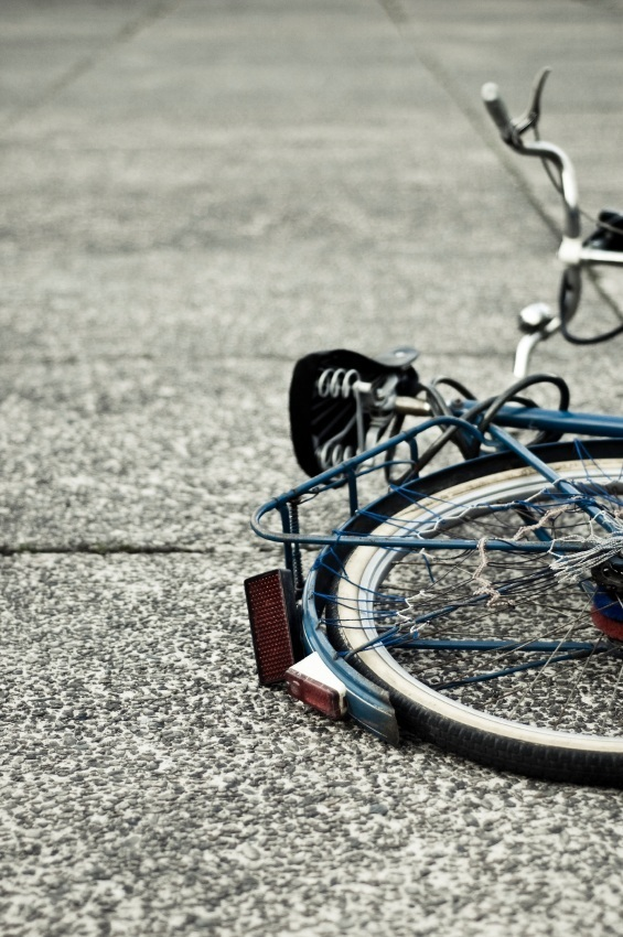bicycle-crash-6344614.jpg